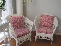 białe fotele